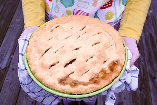Drunken Date Raisin Apple Pie