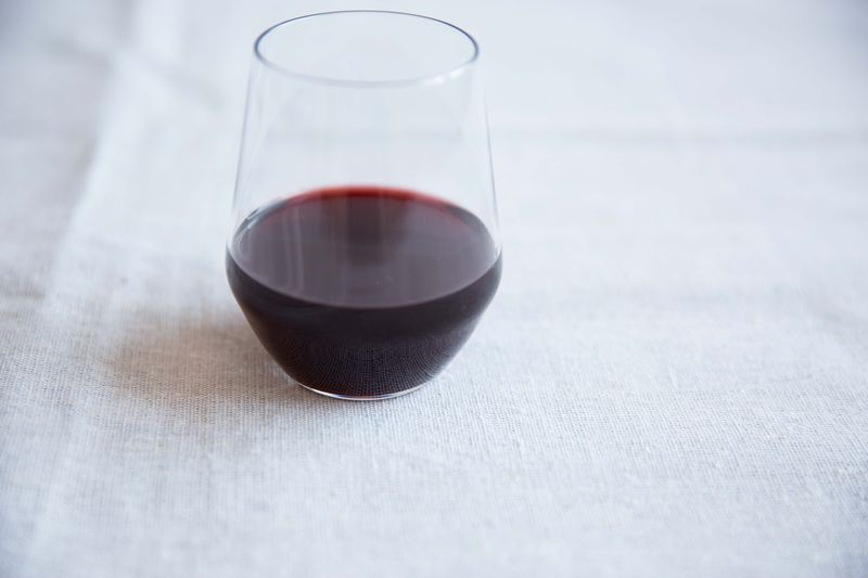 How to Determine a Wine's Age and Origin (Without Looking at the Bottle)