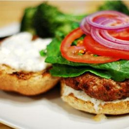 C283cb2d-60a4-47f6-9f9c-7bf82075a7e4.balsamic_reduction_burger_with_warm_goat_cheese_spread