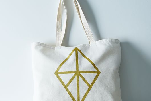 Graphic Diamond Market Bag