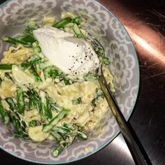 LEMON PASTA WITH ASPARAGUS AND CREAM