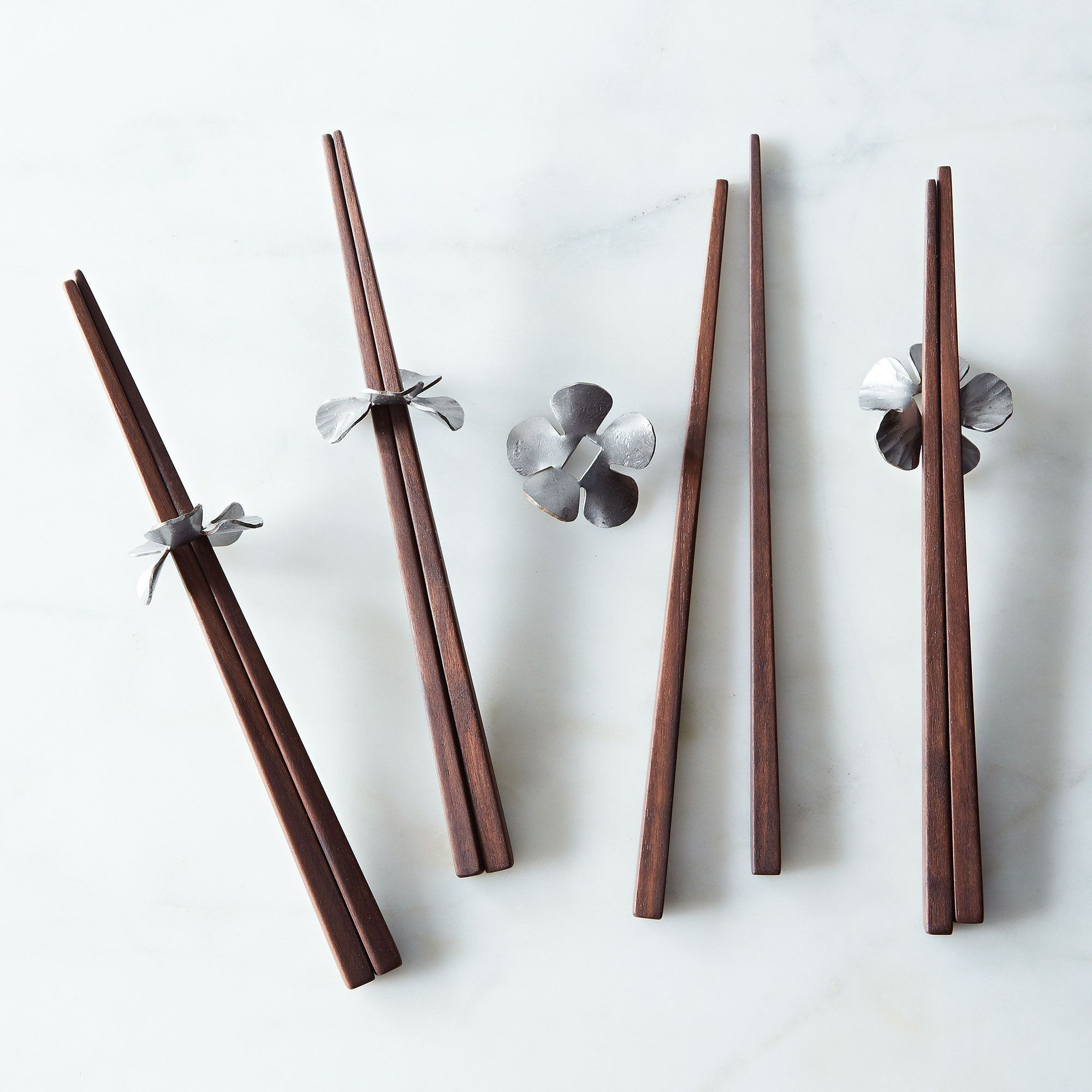 E6ef156e a0f5 11e5 a190 0ef7535729df  2014 0219 roaring dog studios walnut chopsticks holder set of 4 004
