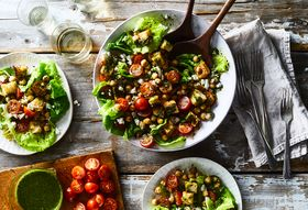 77301bb6 ffa9 485a 8b35 3cdaaa289293  2018 0320 panzanella with marinated chickpeas 3x2 julia gartland 110