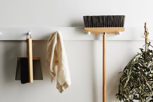 8 Cleaning Tasks That Basically Do Themselves