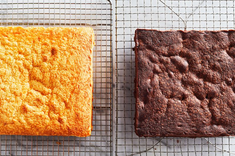 Your blank cake canvases (vanilla on the left, chocolate on the right).