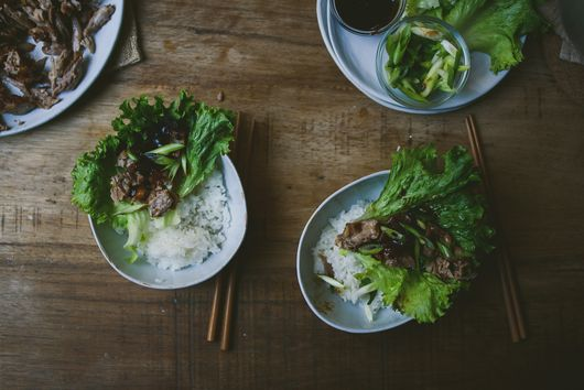 How to Make Roast Duck Lettuce Wraps at Home