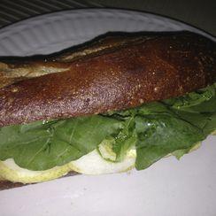 brie, pear and arugula sandwich