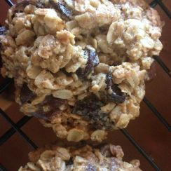 Chewy Crispy Oatmeal Cookies with Chocolate Chips and Dried Cherries