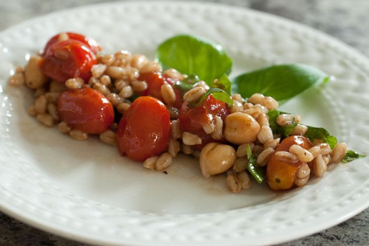 Farro and Broiled Tomato Salad