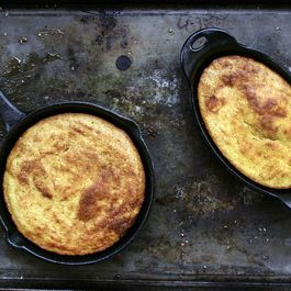 Buttermilk bacon cornbread by Ed j