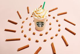 A605edf8 2b58 41dd b9d0 405bb7d97063  horchata frappuccino stylized image