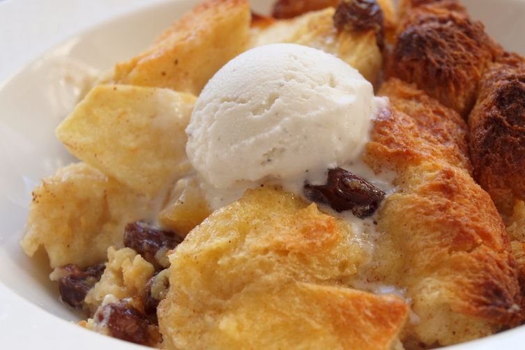 Old fashioned bread pudding with whiskey sauce 13