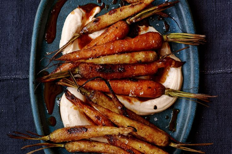 Sweet and Smoky Roasted Carrots for Thanksgiving