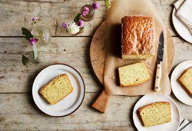 5ea66f9f 1bac 4c58 af1f c96622548c69  2017 0912 ottolenghi lemon poppyseed loaf cake bobbi lin 2432