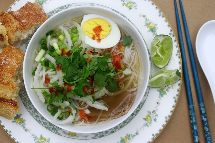 Yakamein (New Orleans Noodle Soup)