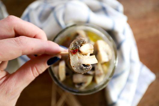 Marinated Mushrooms (vegan!)