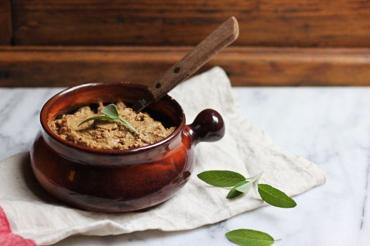 Tuscan Chicken Liver Crostini (Crostini di Fegatini)