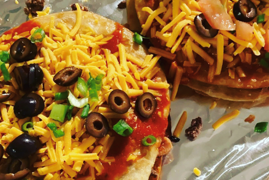 taco bell style pizza