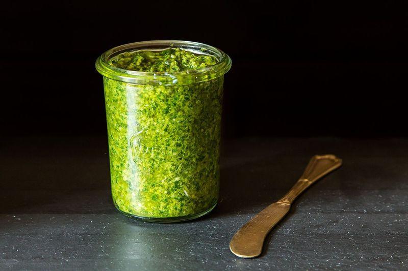 Simple Vegan Pesto