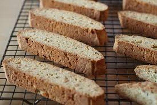 Mandel brot (almond biscotti)