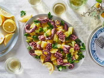 11 Fragrant, Lemony Dishes That'll Transport You to Italy's Amalfi Coast