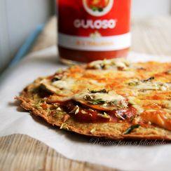 Quinoa Pizza with Tomato and Mushrooms