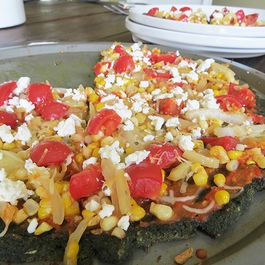 Ab25595f-fdba-4c1c-adb4-b79b09b34671--cherry-tomato-and-corn-veggie-pizza7