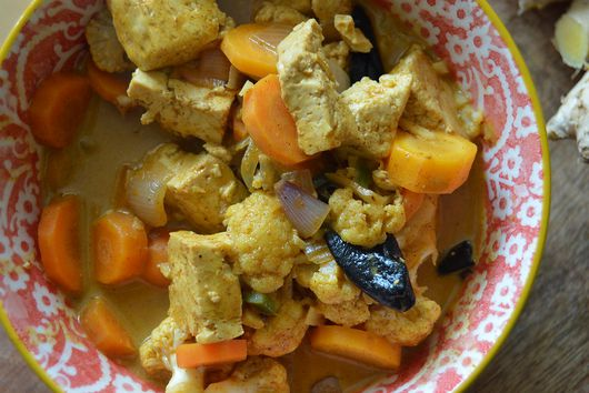 Coconut Curry with Vegetables and Tofu