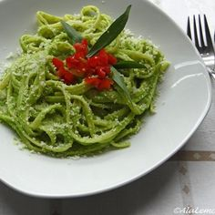 Peasto (pea pesto)
