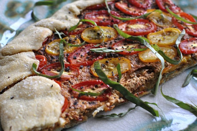 Rustic Summer Tomato Harissa Pizza 'Tart'