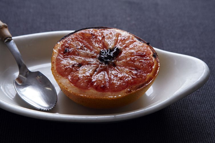 Rise and Shine Spiced Pink Grapefruit Brûlée