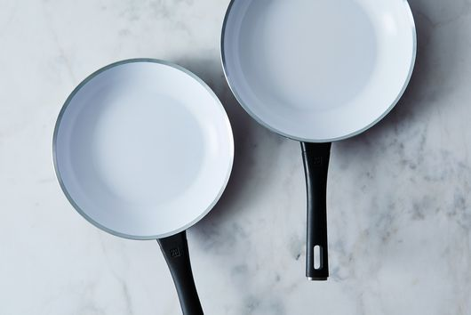 ZWILLING Carrara Nonstick Ceramic Fry Pan With Bonus Spoonula