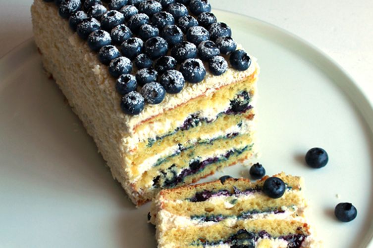 Lemon Blueberry and White Chocolate Cream Cake