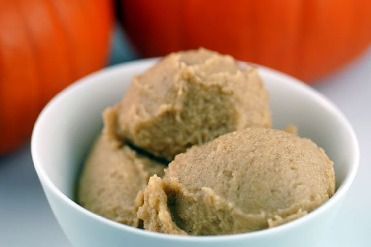 Vegan Pumpkin Pie Ice Cream