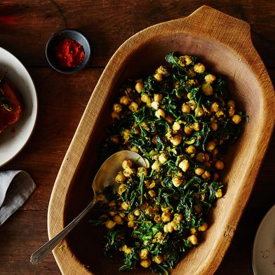 Moro's Chickpeas and Spinach (Garbanzos con Espinacas)