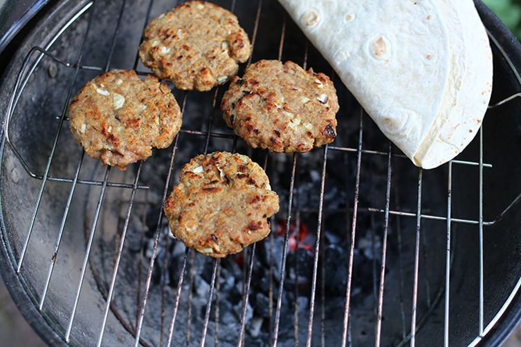 Big BBQ Chicken Wrap Burgers