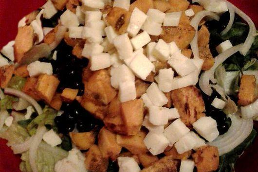 Low-cal Black & Orange Salad w/Raspberry Vinaigrette (shown pre-dressing)
