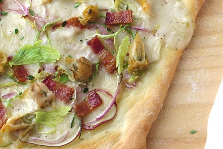 New England Clam Chowda Pizza
