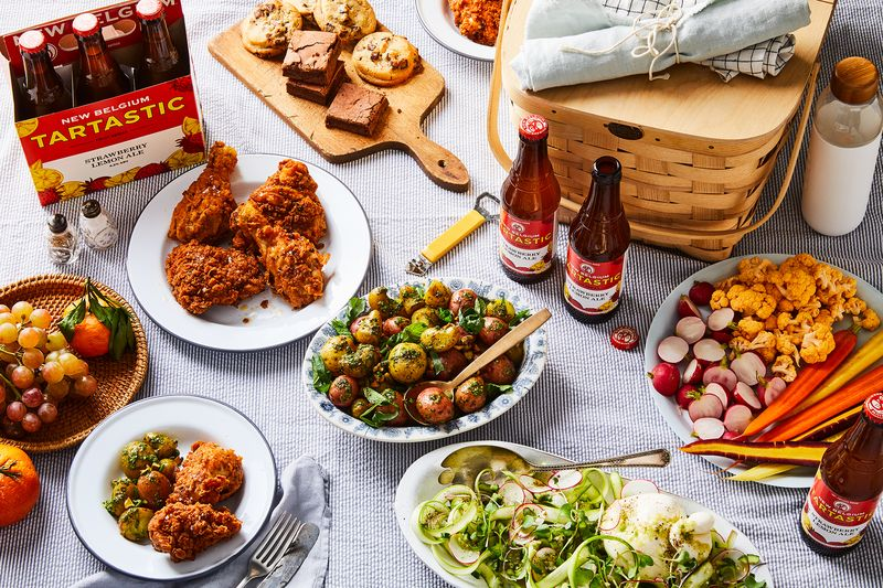 Paired with fried chicken and potato salad, Tartastic Strawberry Lemon Ale is the perfect picnic beer.