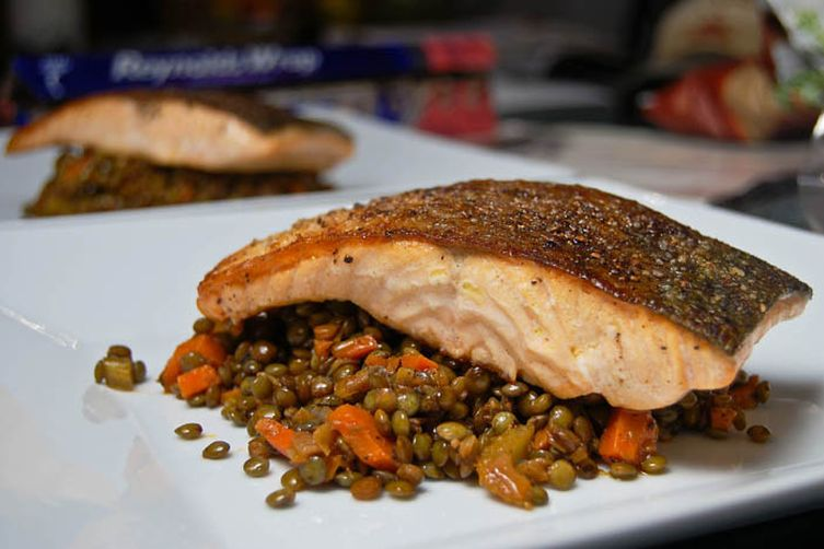 Pan Seared Salmon w/ French Green Lentils