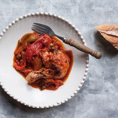 Pollo e Peperoni (Chicken with Tomatoes and Red Peppers)