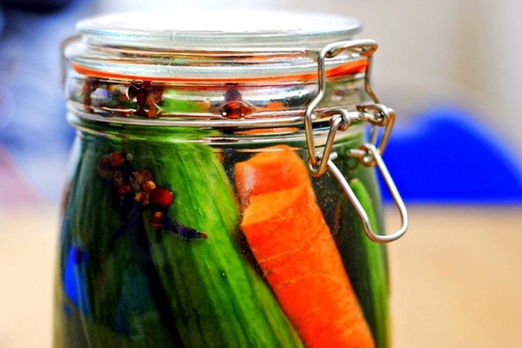 Quick + Easy Homemade Pickles
