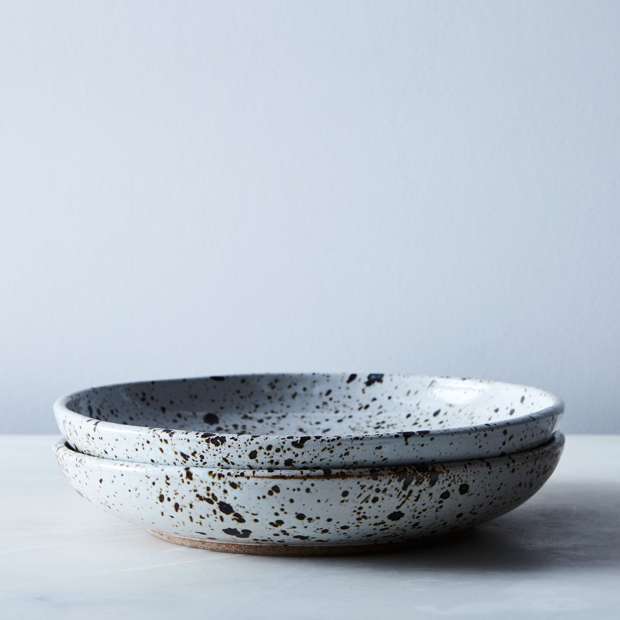 Ff67b4e8 e05e 4267 acd0 ba8b4f9e48b2  2017 0620 sarah kersten dinnerware speckled shallow bowl set of 2 silo rocky luten 003