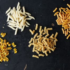 A Guide to Gluten-Free Pasta (and Which One We Picked as Our Favorite)