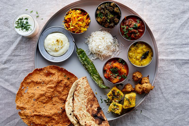 All about indian thali how to compose a thali but please ignore our tandoori rotinot characteristic of a gujarati thali forumfinder Gallery
