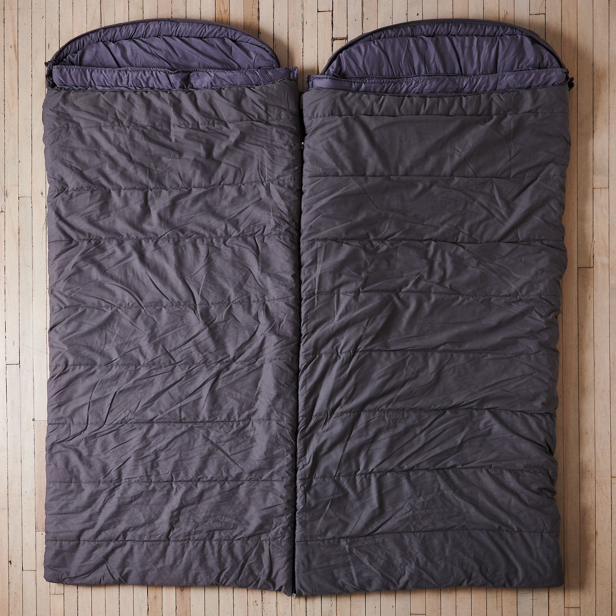21bcad9e b666 482b a859 cfaa2f908aa0  2017 0803 barebones living sleeping bag the couple silo rocky luten 039