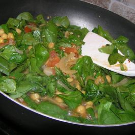 Spicy Paprika Spinach and Garbanzo Beans