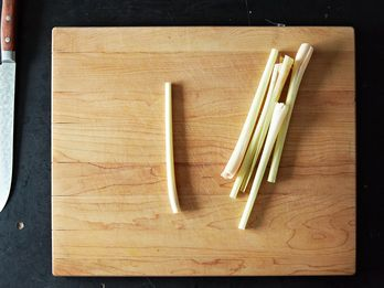 How to Prep Lemongrass