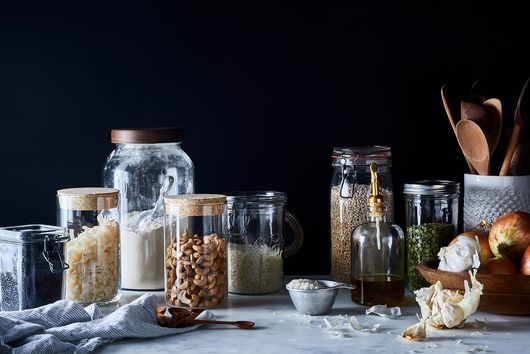 8 Easy Steps to Keep Your Pantry Clean Forever