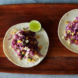 450fe63e 7a70 4a7f a08d fea47e184f17  2014 0603 cp soft chicken tacos corn red cabbage 006